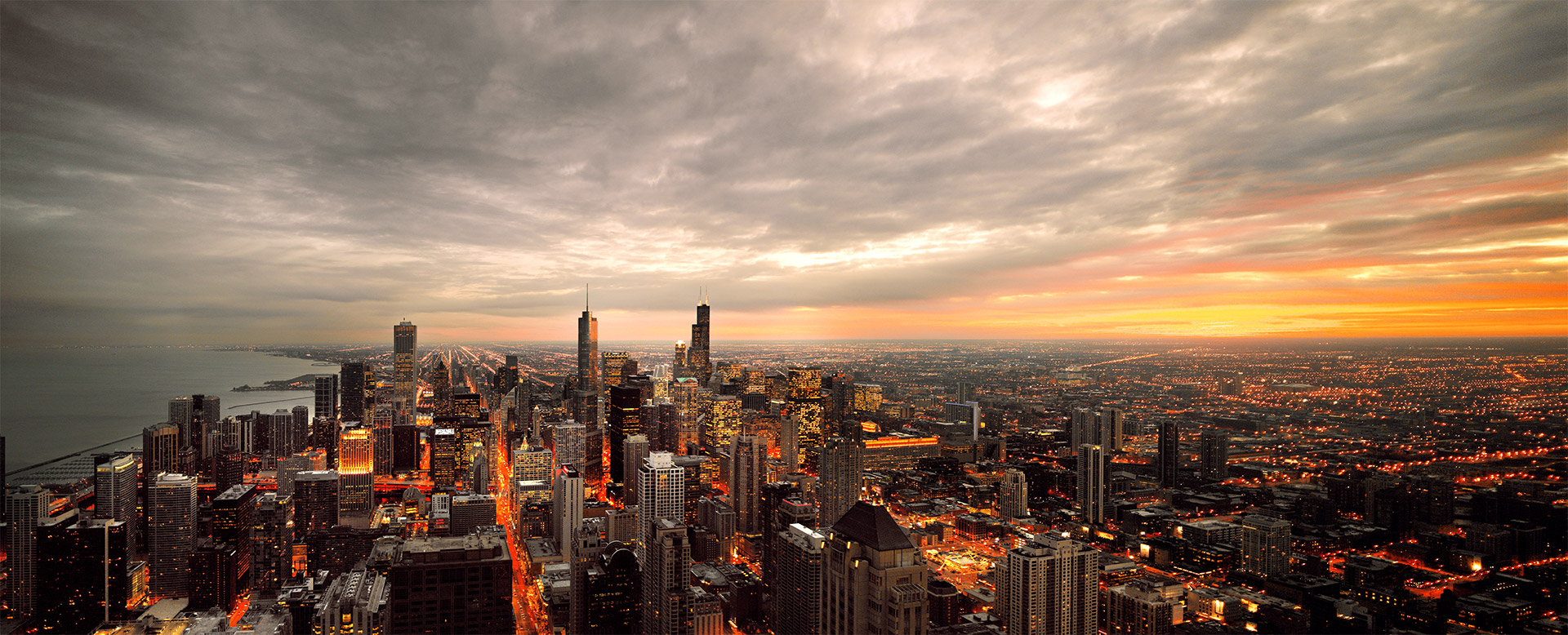 Chicago_Panorama_evening_2